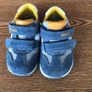 Beeko Boys 5.5 Sneakers